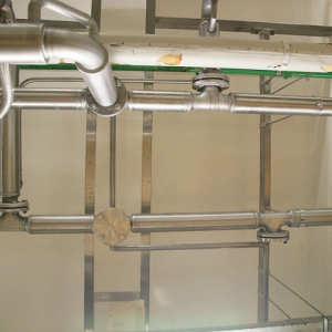 realisaties speciale afwerking volledige renovatie rijskamer wanden, deur en stootrails